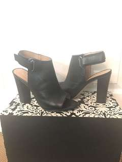Aldo leather bootie