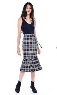 🚚 TEM Sheniya Wrap Midi Skirt