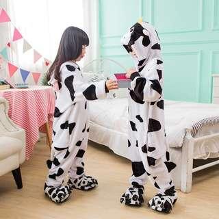 [二手]法蘭絨奶牛卡通造型動物連體睡衣 如廁版 兒童親子家居睡服