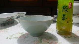 古董豆青碗