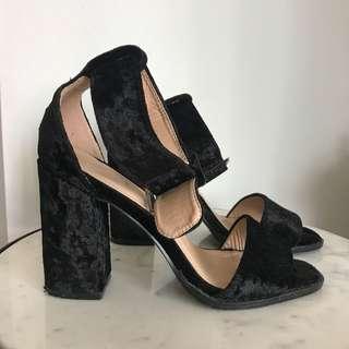 Velvet heels, 37