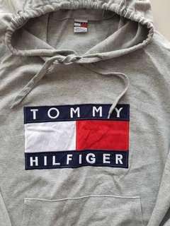 Tommy Hilfiger Big Logo Hoodie