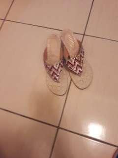 8成新二手鞋