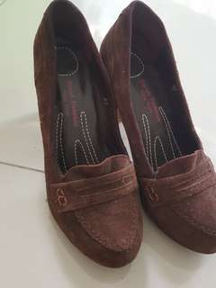 Pump/heels