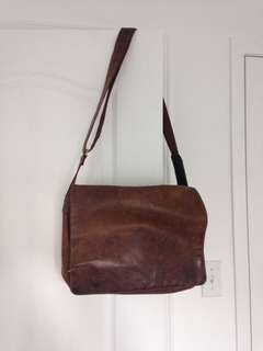 Selling Visconti leather bag