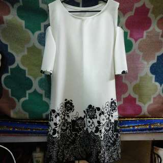 Casual White dress (with print below) SALE
