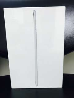 Brand New 全新未開封 : Apple iPad mini 4 WiFi 16GB - Silver