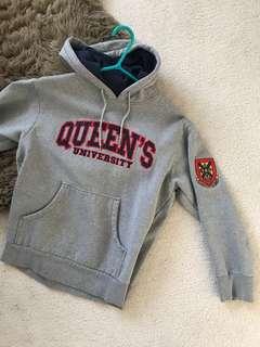 Vintage Queen's university hoodie
