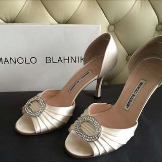 Authentic Manolo Blahnik Sedaraby Heels