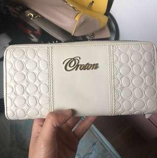 Basically new Oroton cream wallet