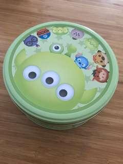 Brand new Disney cookies 迪士尼三眼仔曲奇未開封