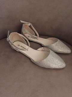 Sparkle Flats - Size 9