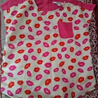 SALE DKNY cute top