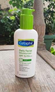 Cetaphil Daily Facial Moisturizer SPF 15 / PAA (118ml)
