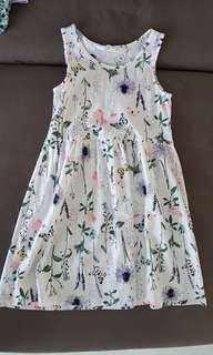 Cute dresses for girls from H&M