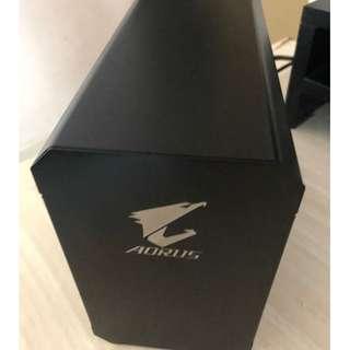 eGPU - AUROS GAMING BOX GTX 1080 (few days old with 3 years warranty)