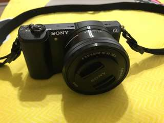 [Used] Sony alpha 5100 + Extra two batteries + Camera bag