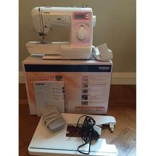 Sewing Machine, Like new