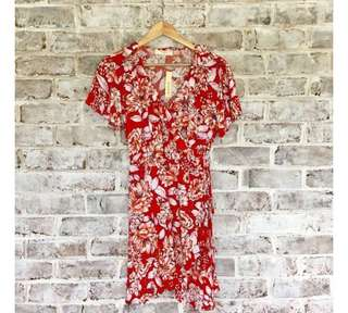 Floral Wrap Dress Brandy Melville Size 8 // Universal Store /Must Have // Sportsgirl // Glue Store // Princess Polly