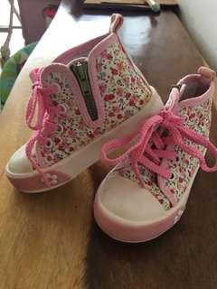 pretty floral shoes