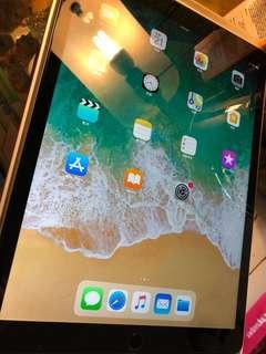 iPad Pro 12.9 (2nd Gen) 256GB LTE Space Grey
