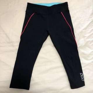 Lorna Jane xs 3/4 black tights thick Lorna Jane material