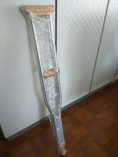 Crutches used ( pair)