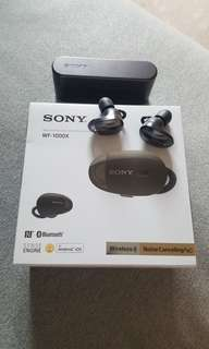 sony WF-1000x wireless noise canceling stereo headset