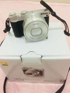 Jual kamera mirrorless nikon 1 j5