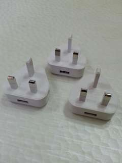 Yoobao 白色三腳連 USB 插頭 3 個