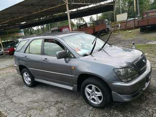 TOYOTA HARRIER 2.2 AUTO