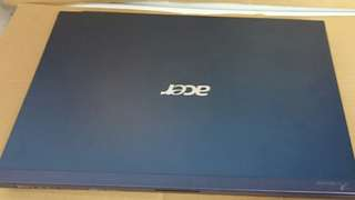 Acer i5 windows 7.500GB HDD.4Gb ram. Online game can run.14 inches laptop lcd. All English