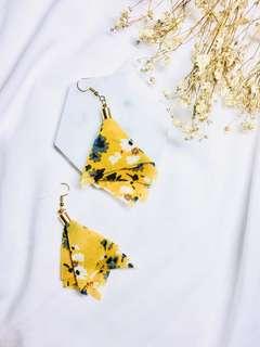 Tessa flower earrings