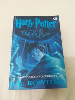 Harry potter and the other of the phoenix (indo)