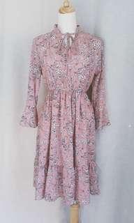 韓版  粉嫩花朵雪紡洋裝