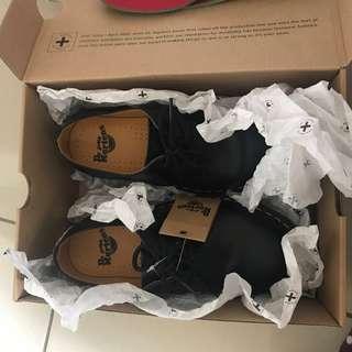 Dr.Martens 1461 三孔女鞋