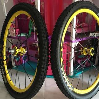 Mavic Crossmax Enduro 27.5 Wheelset