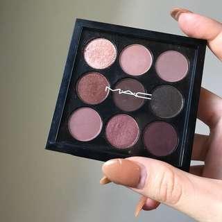 MAC Burgundy Eye Shadow Palette