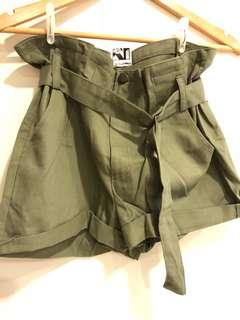 正韓 軍綠短褲