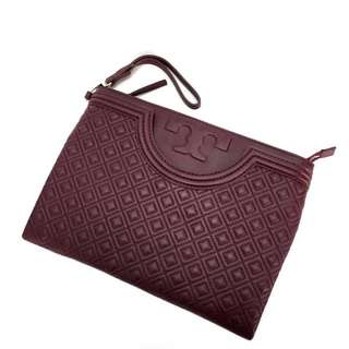 Tory burch fleming clutch