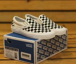 VANS SLIP ON VAULT OG CHECKERBOARD
