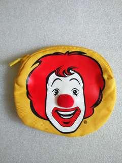 麥當勞叔叔 2008年八達通套 拉鏈袋 及 2002年小飛飛小索袋 共2個
