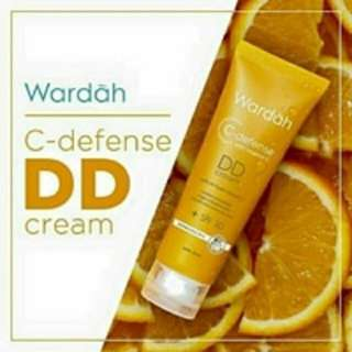 Wardah DD cream SPF 30 c-defense vitamin c