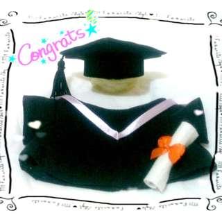 度身訂做公仔 畢業袍+帽+證書 套裝 可加公仔手捧絲花束