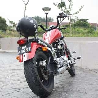Momos Daytona (Special Harley Davidson Edition)350 CC