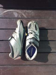 Shimano R077 Shoes size 45 -make an offer!