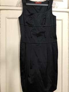Petite Monde Little Black Dress