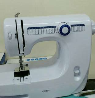 Almost new Sewing Machine