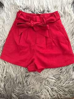 Nice mooloola paper bag shorts, sangria colour.