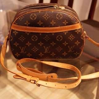 Authentic Louis Vuitton Sling Bag